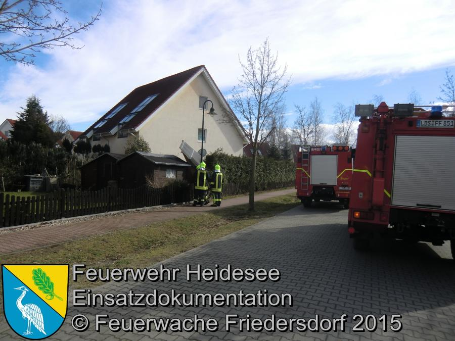 Einsatz 36/2015 Schuppendach in Zaun Friedersdorf Brandenburger Straße 31.03.2015