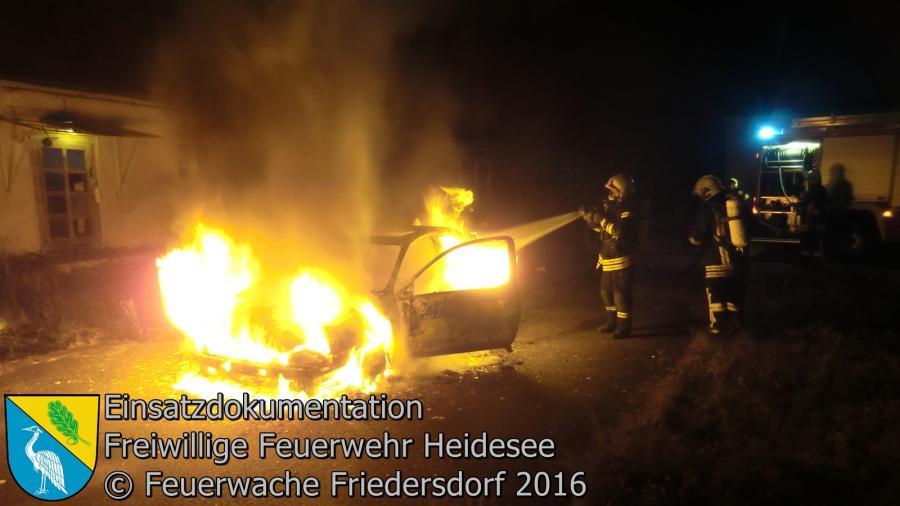Einsatz 92/2016 | PKW in Vollbrand | Friedersdorf Kastanienallee 07.09.2016