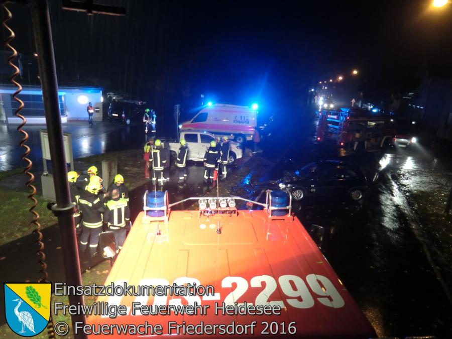 Einsatz 109/2016 | VU 4x PKW | Friedersdorf Berliner Straße 24.10.2016