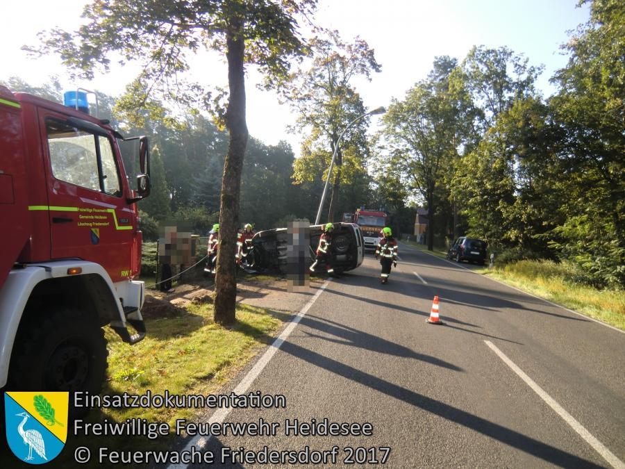 Einsatz 120/2017 | Transporter gegen Stein | L39 OV Friedersdorf - Wenzlow | 18.09.2017