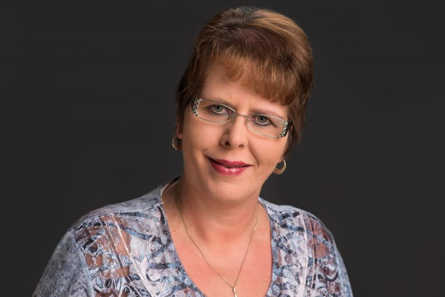 Frau Adrian