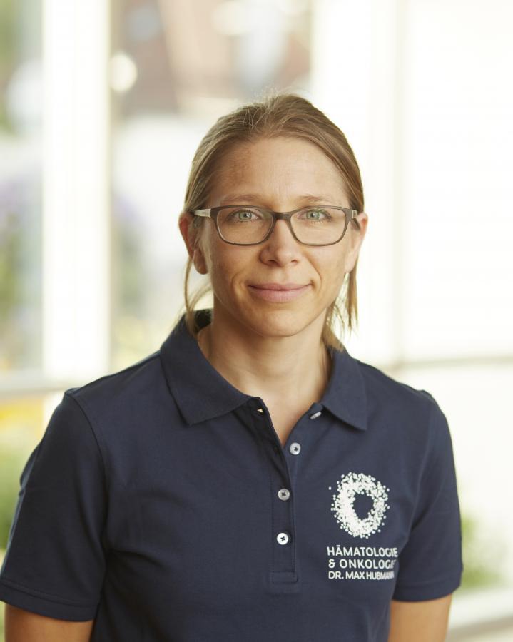 Claudia Hollings