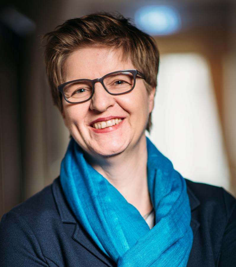 Portraitfoto Monika Schneider