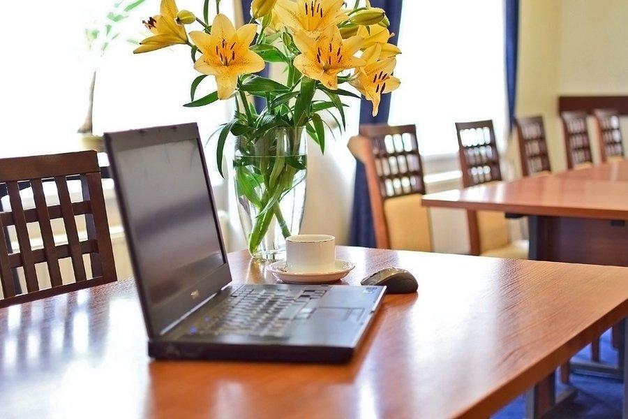 Vertretungen, Beschlüsse, Sitzungen