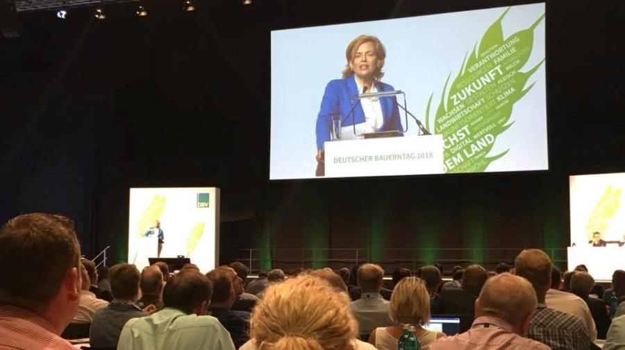 Bundeslandwirtschaftsministerin Julia Klöckner auf dem Deutschen Bauerntag
