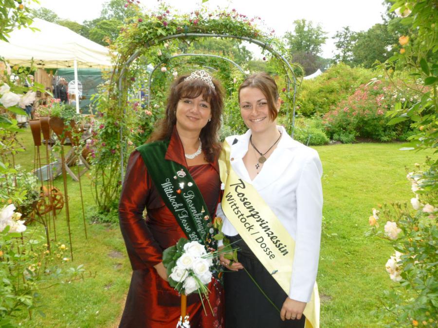 Rosenkönigin Dajana und Rosenprinzessin Ninett