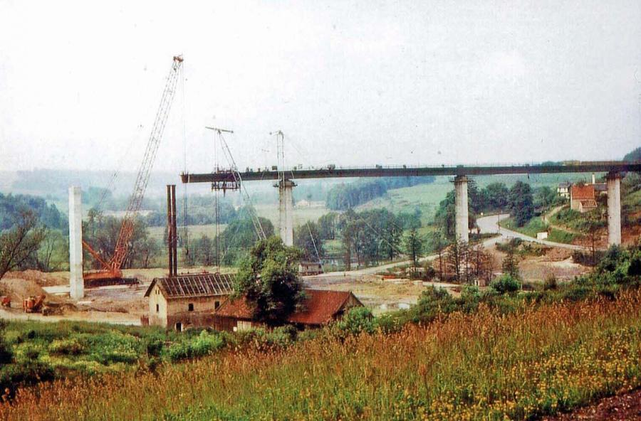 Das alte Alaunwerk beim Brückenbau