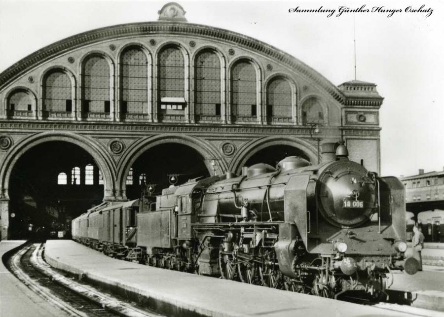 Deutsche Reichsbahn Schnellzug-Lokomotive 18006
