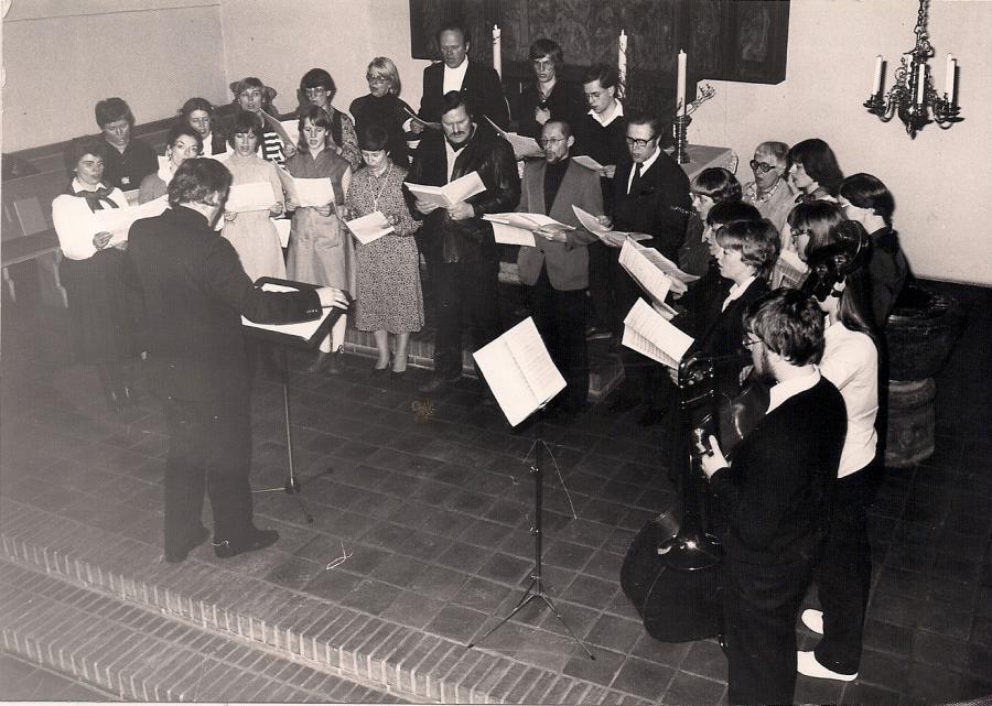 Die Kantorei 1981 bei einem Konzert