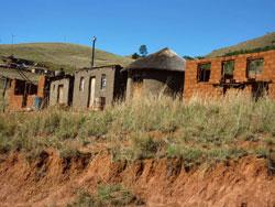Dorf in den Drakensbergen