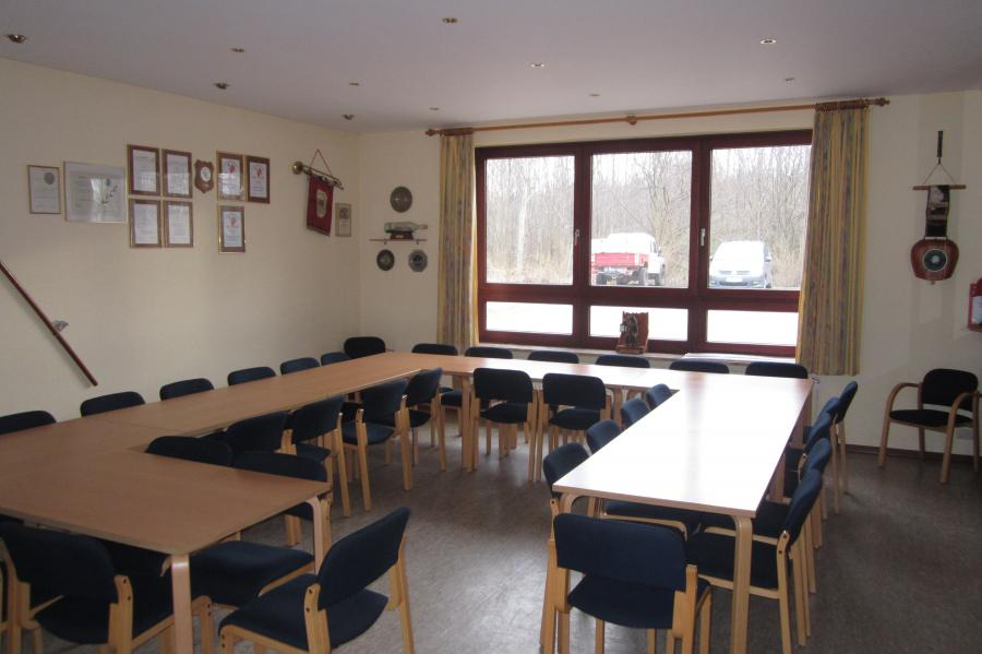 Dorfgemeinschaftshaus Blick in den kleinen Saal; Quelle: Gemeinde Pohnsdorf