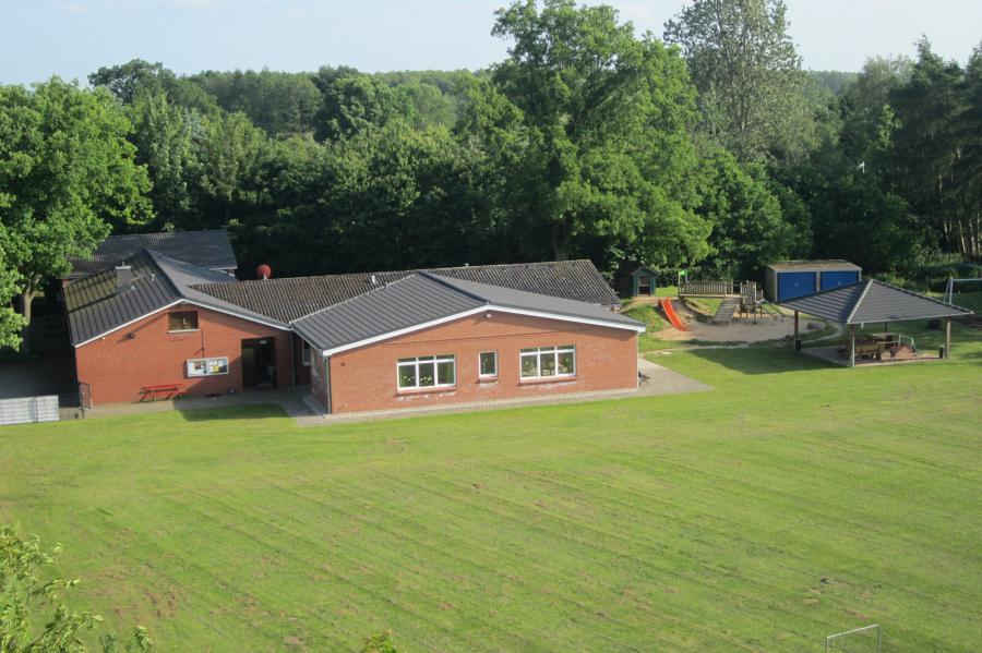 Luftbild des Dorfgemeinschaftshauses; Quelle: Gemeinde Pohnsdorf