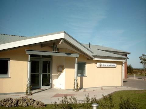 Das Dörps- und Sprüttenhuus der Gemeinde