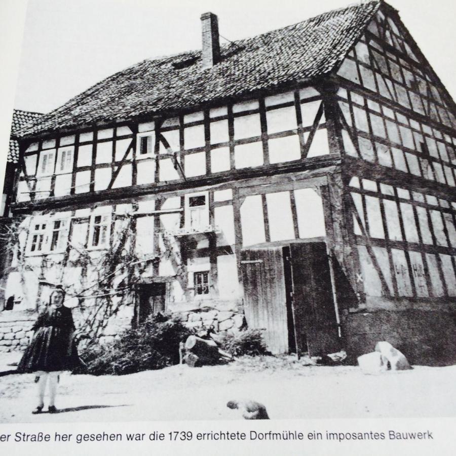 ehemalige Dorfmühle Itzenhäuser / 1965 abgerissen / Ecke Ziegenhainer Straße - Tränkgasse