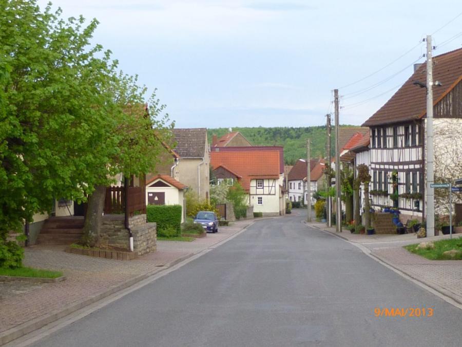 Dorfstraße heute1