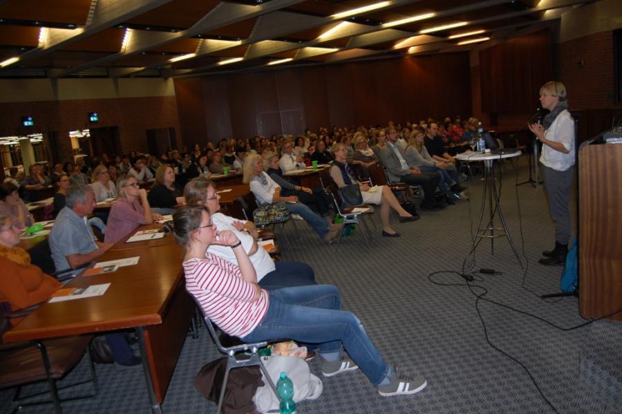 TeilnehmerInnen des Vortragsabends