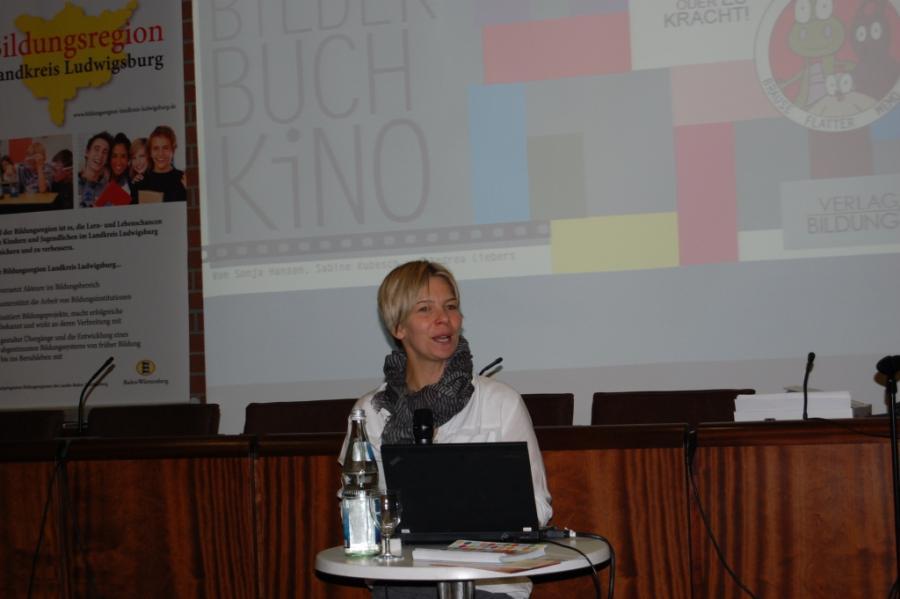Referentin Frau Dr. Sabine Kubesch