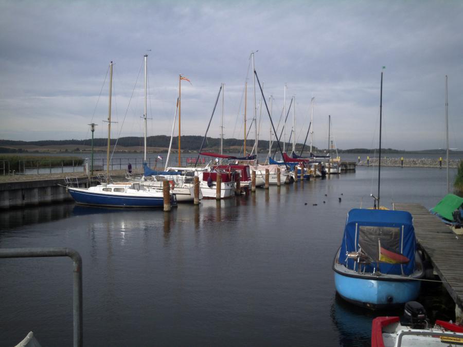 Der Kummerower Hafen