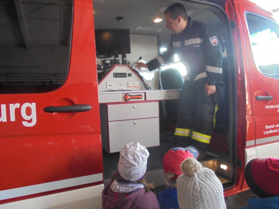 Kita zu Besuch bei der Feuerwehr