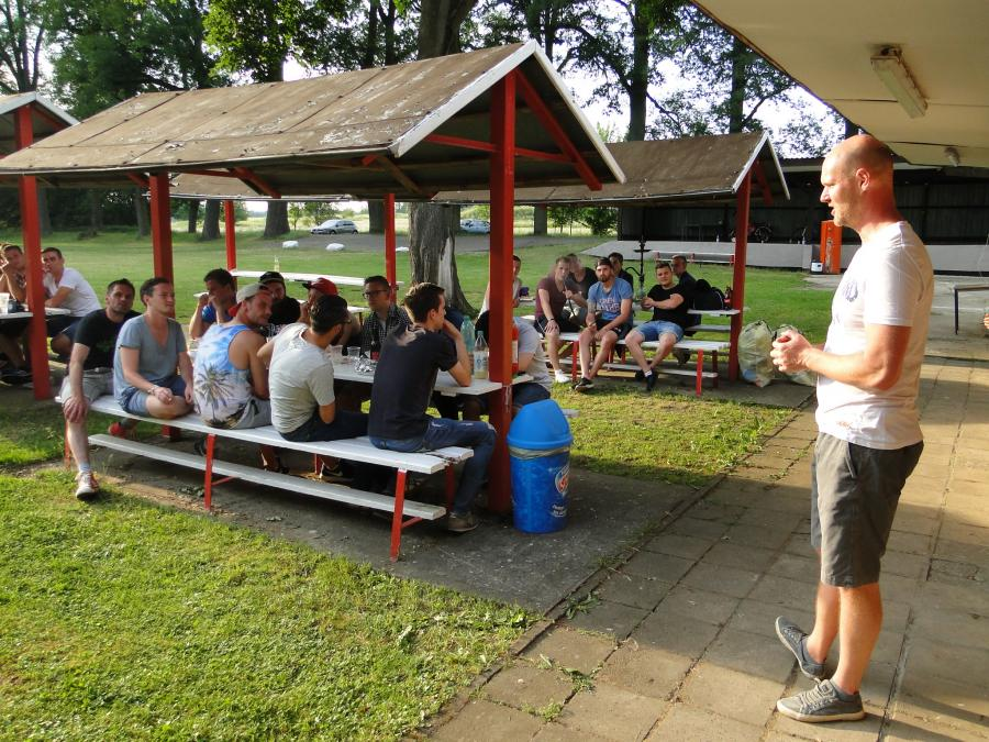 Trainer Marcel Hartwig bei der Saisonauswertung