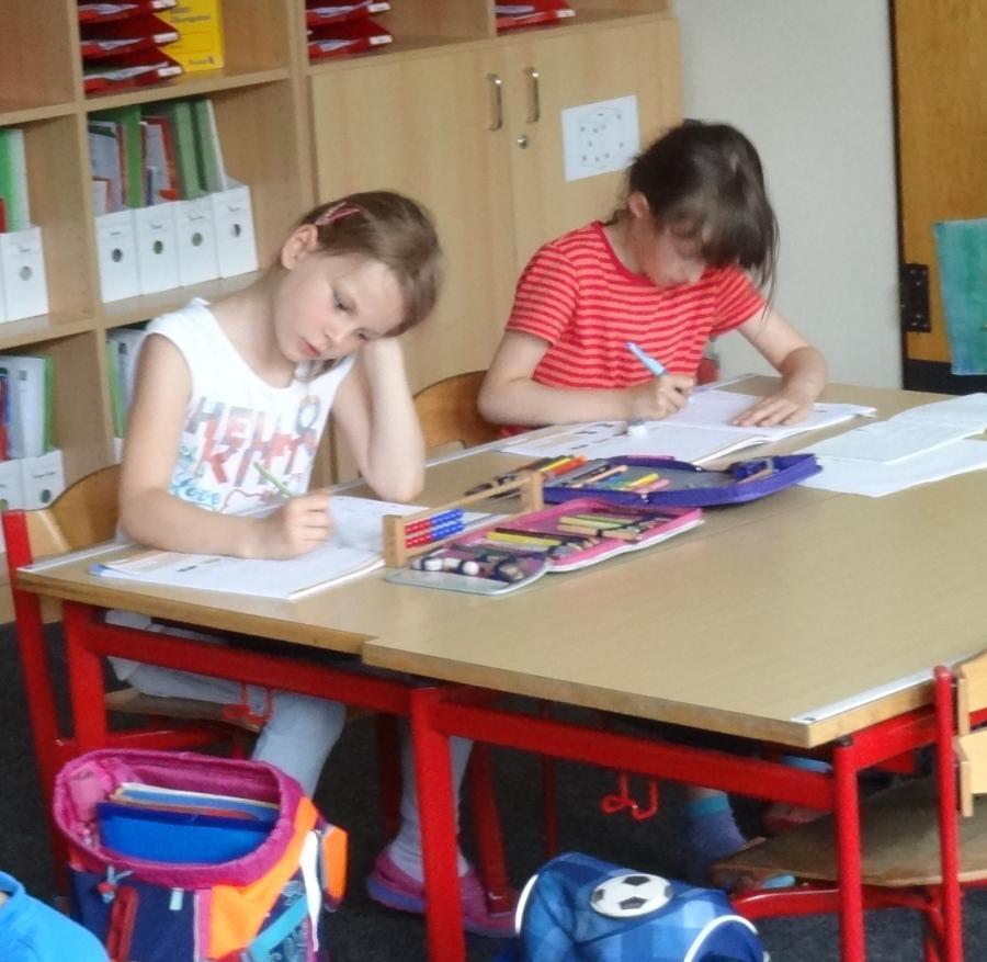 Hausaufgabenbetreuung Kl. 1b/c