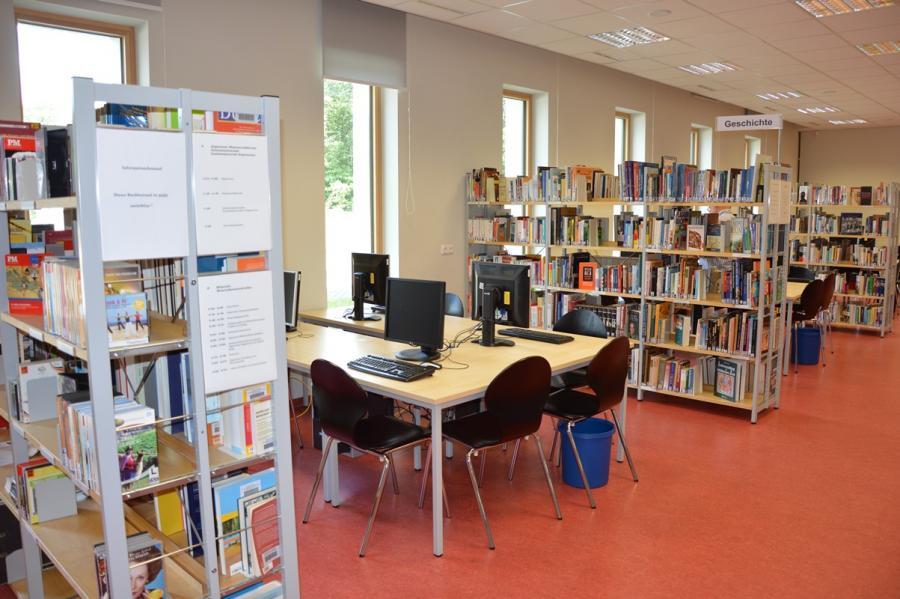 Bild_Arbeitspl-Bibliothek