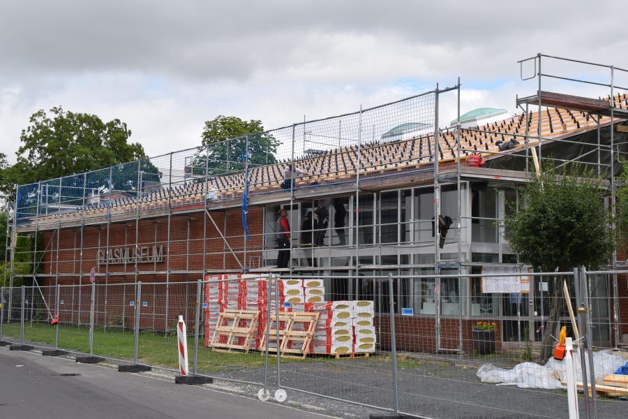 Foto: Das Dach des Glasmuseums wird saniert - Außenansicht