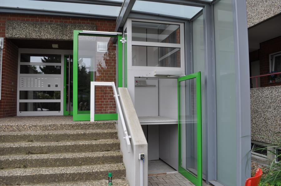 Vertikaler Plattformlift, 2 Haltestellen, Außenanlage