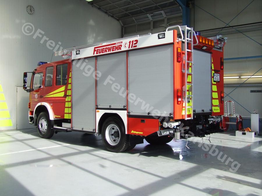Fahrzeug 4