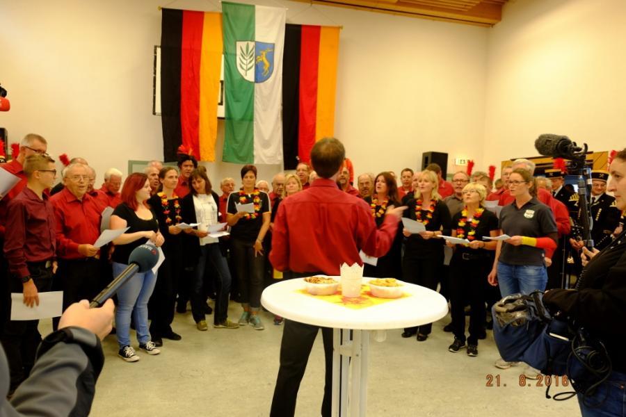 Der Gesangverein dichtet Lieder passend um