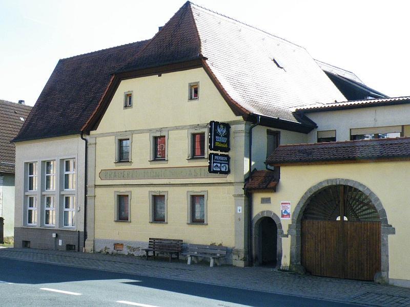 Schwarzer Adler, Münich