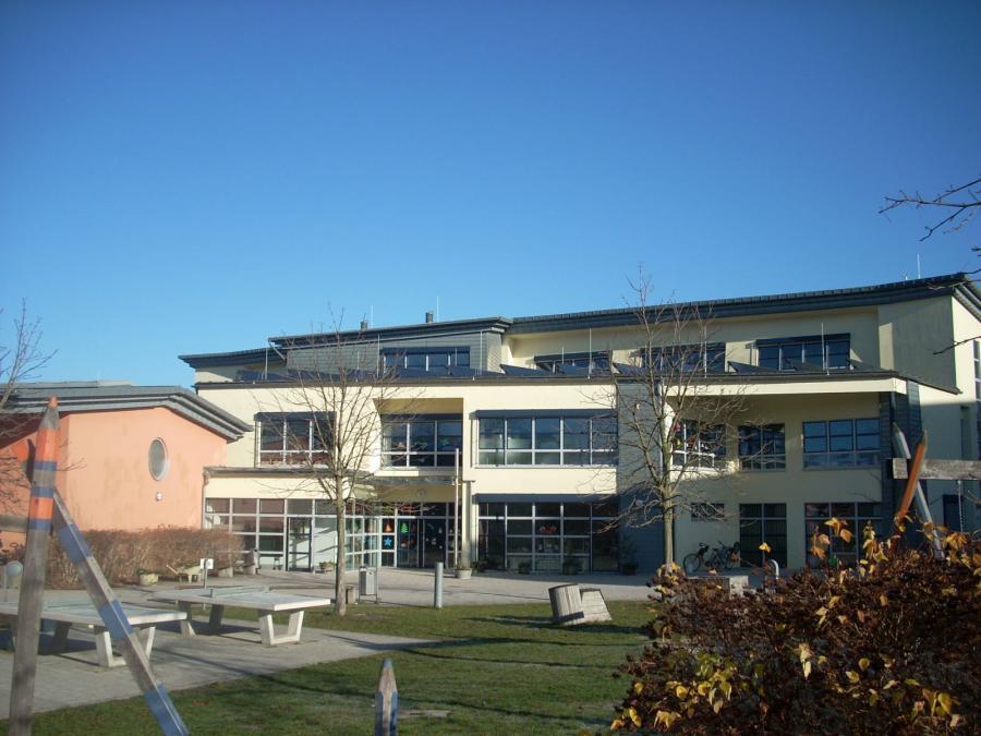 Neues Schulhaus-1