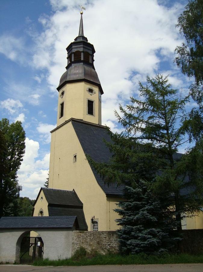 Kirche - Dorfchemnitz / Foto: Jan Gernegroß