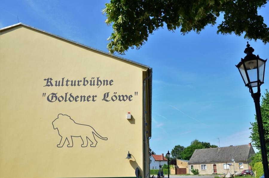 Kulturbühne Goldener Löwe_Seitenansicht_Foto: Urrutia