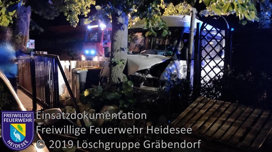 Einsatz 125/2019 | Transporter gegen Baum | Gräbendorf B 246 Prieroser Landstraße | 18.08.2019