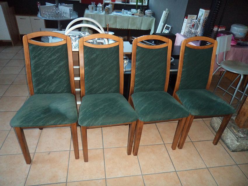 4 Stühle grün