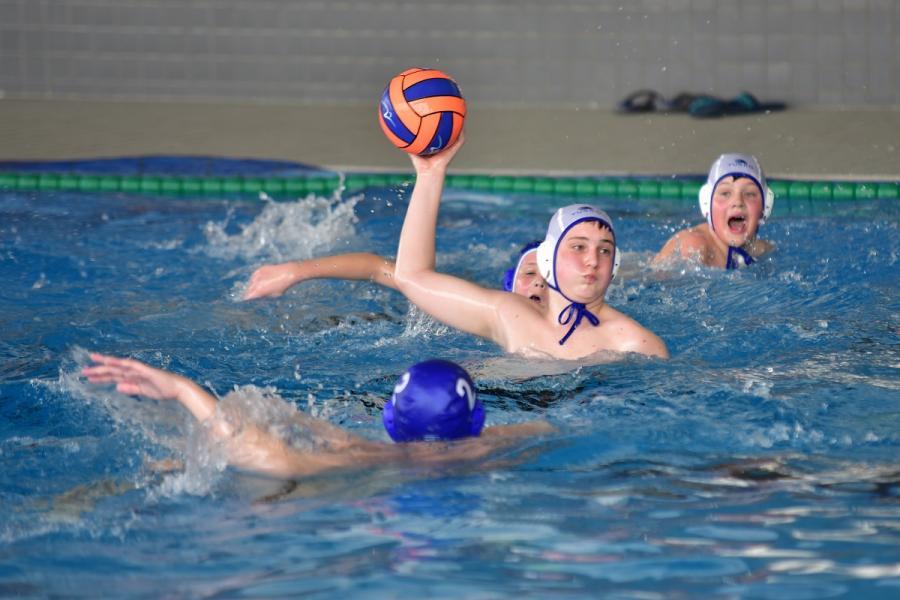 Wasserball 4