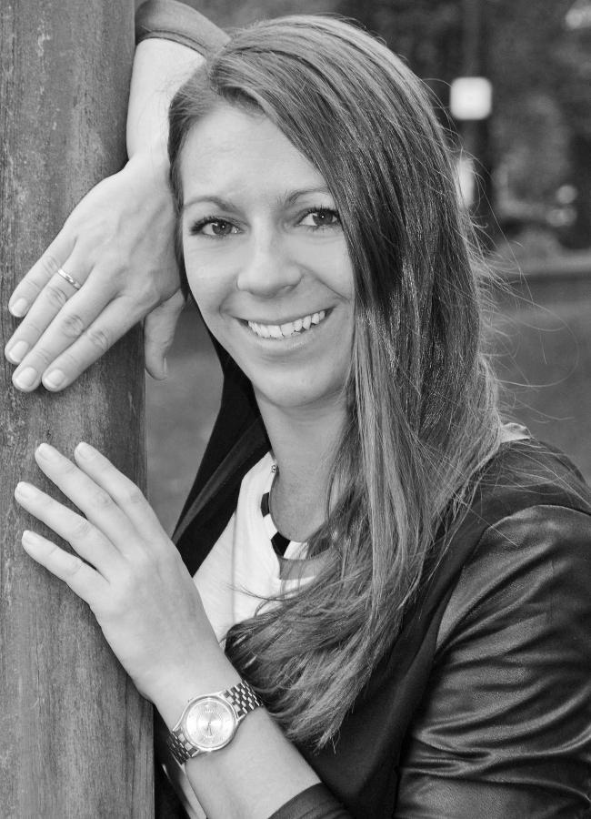 Melanie Blecker