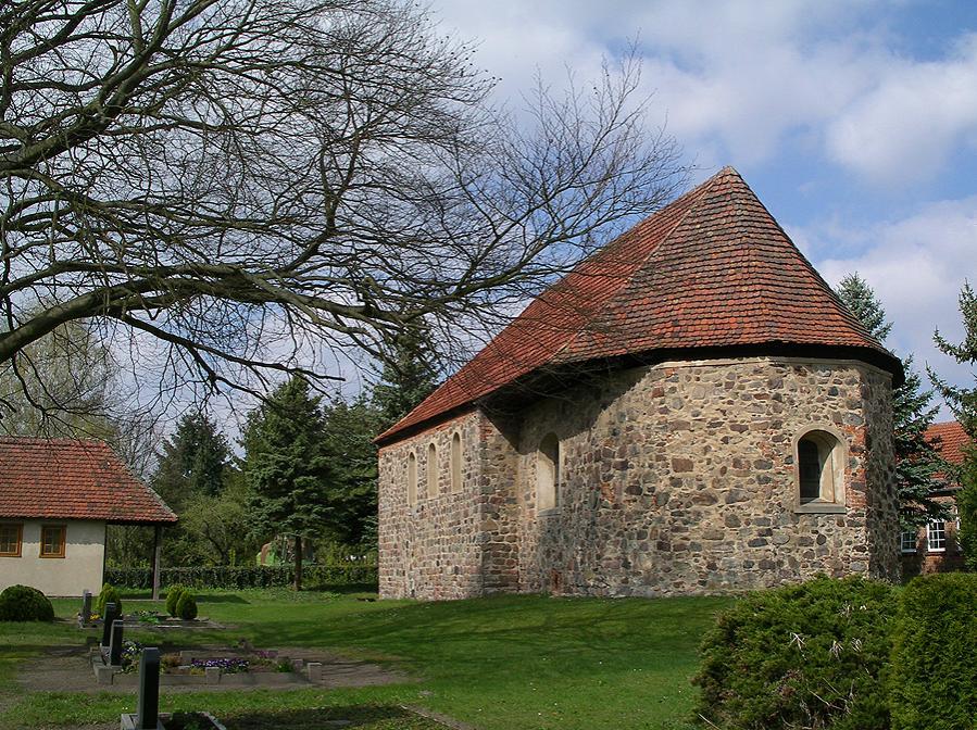 Hohenlobbese Kirche