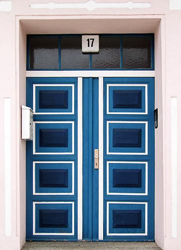 Ein Markenzeichen Liebenwaldes: markante Eingangstüren