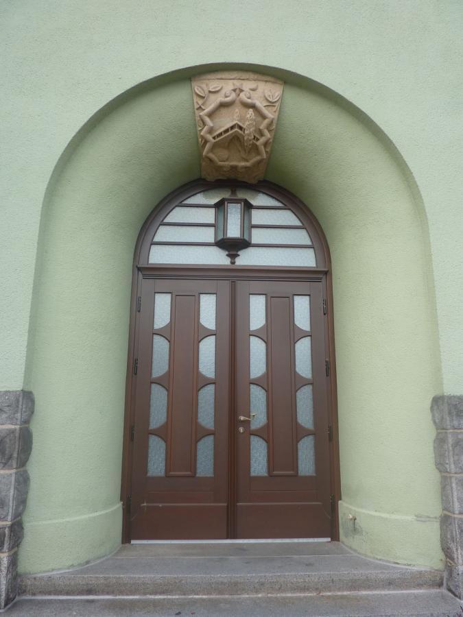 Eingangstür Rathaus Sohland