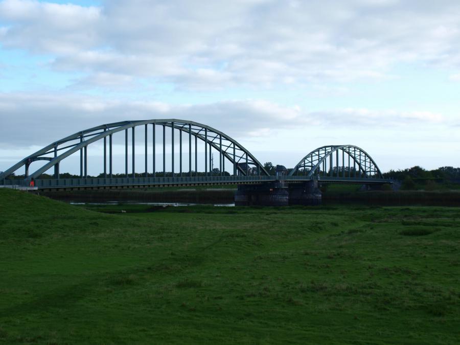 Eisenbahnbrücke St. Annen (Foto: Wershofen)