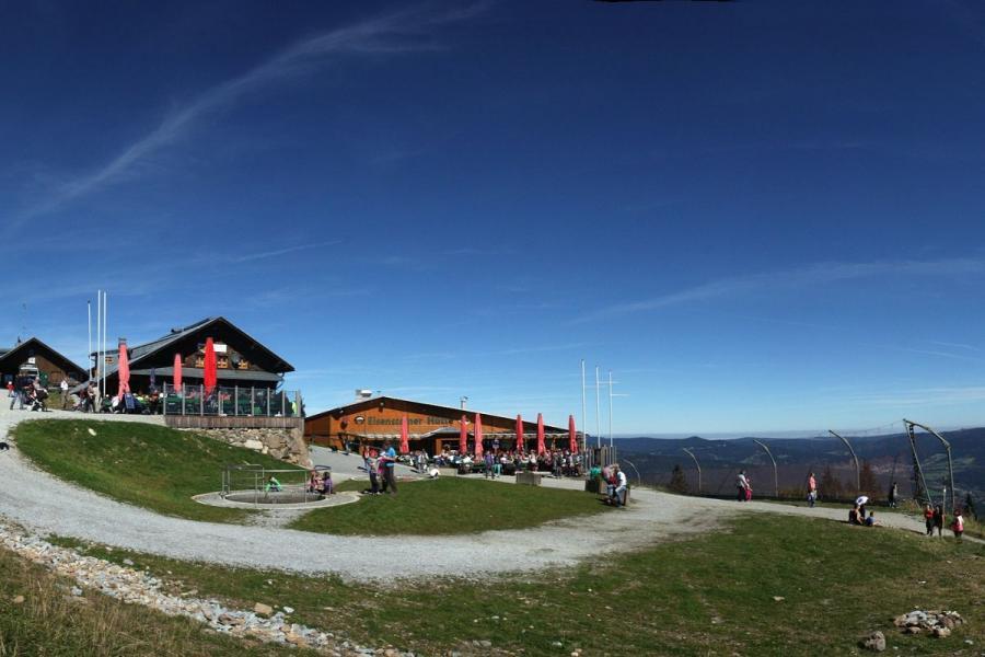 Eisensteiner Hütte & Arberschutzhaus