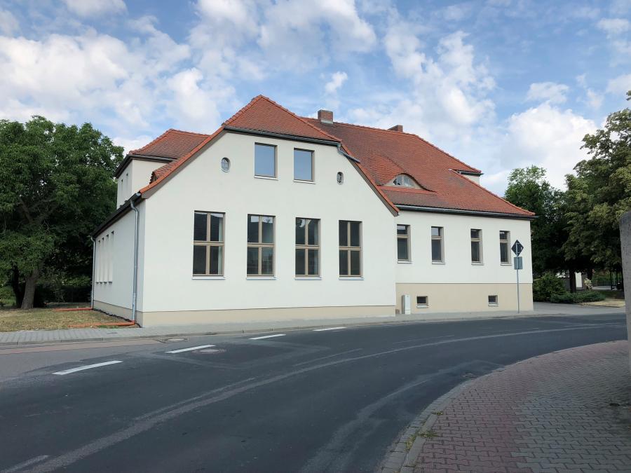 Elsnigk Lindenstraße Fassade danach