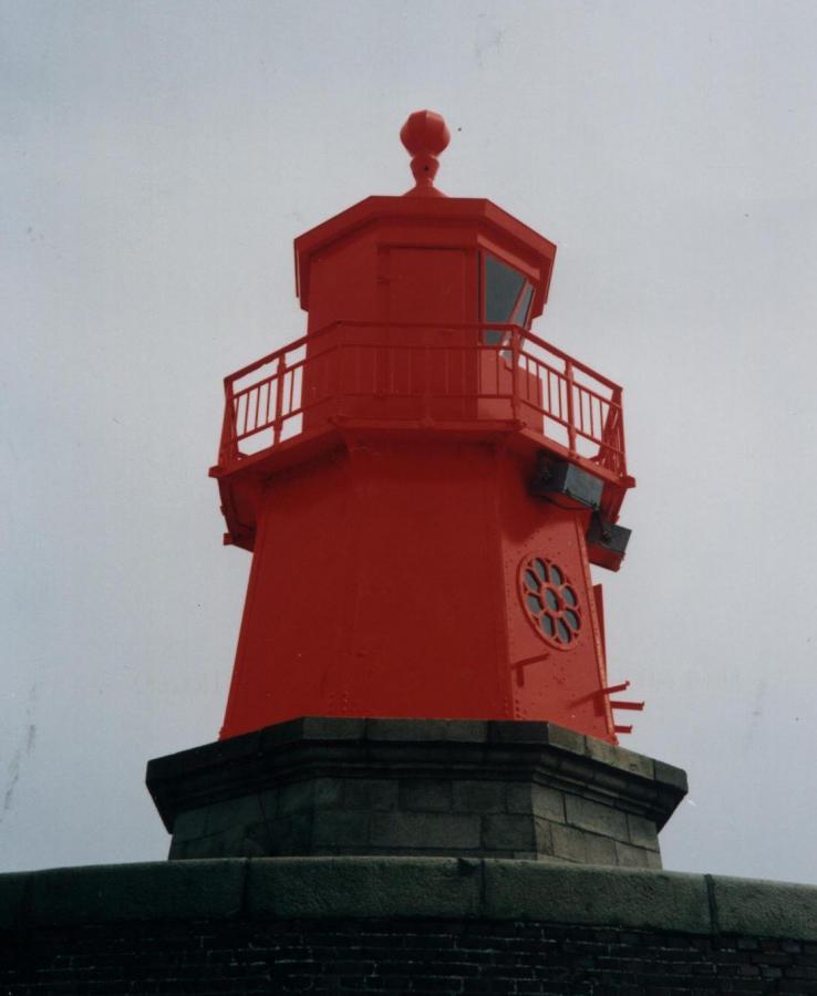 Emden-Westmole