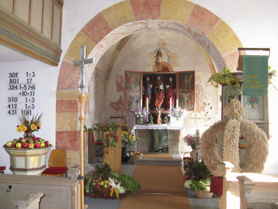 erntedankschmuck_der_kirche