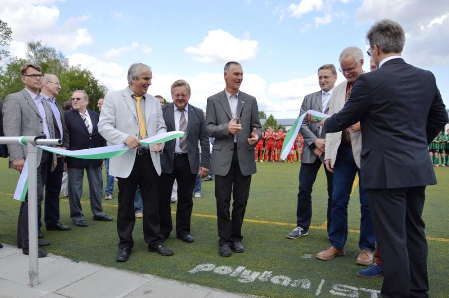 Eröffnung des neuen Kunstrasenplatzes für die Sängerstadtregion