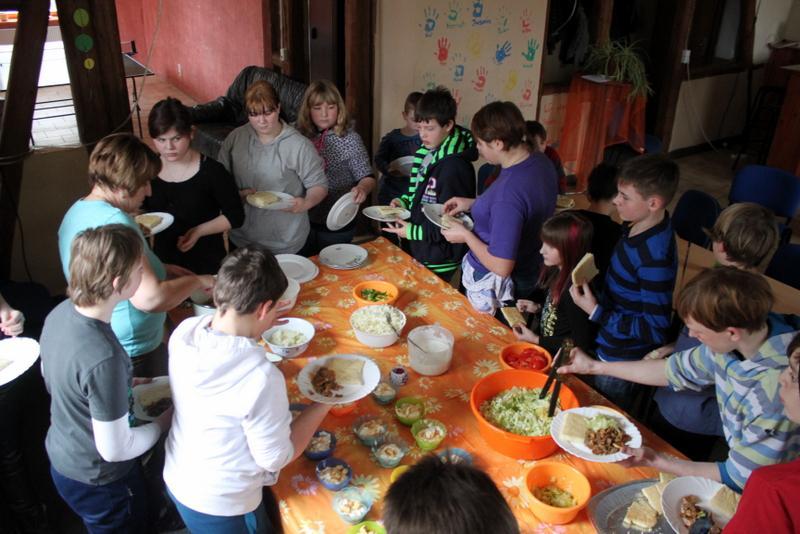 Gemeinsam Essen im Jugendhaus