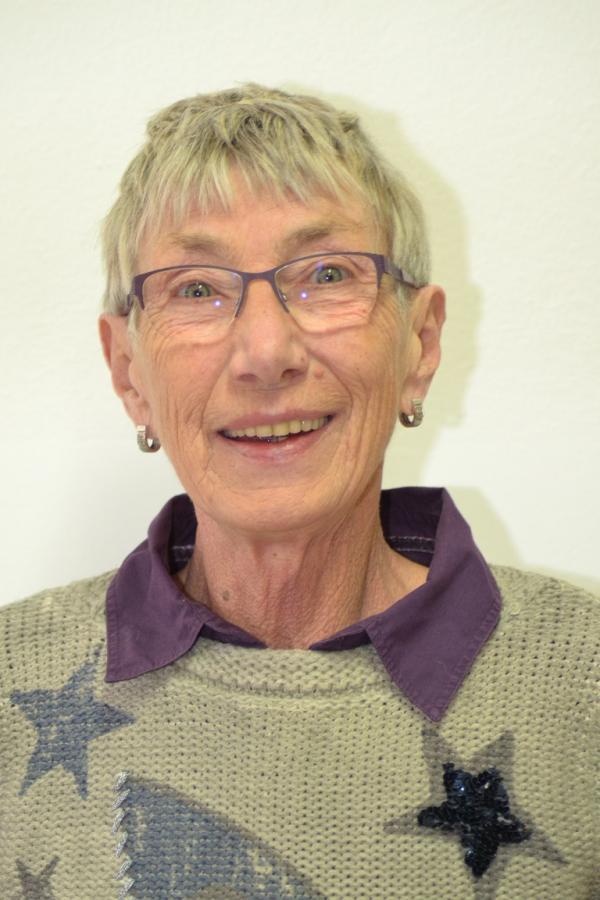 Eva Schmell