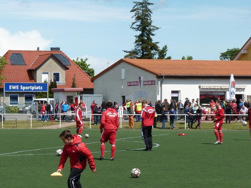 Stadiongebäude EWE Sportplatz